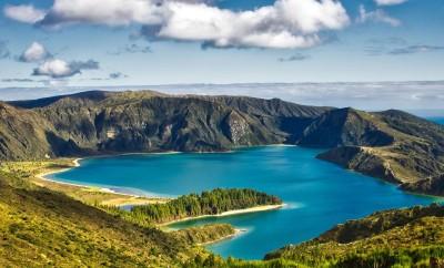 Pretende visitar os Açores? Conheça as regras em vigor.
